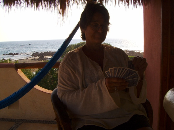 Betty, at cards ... (troncones)