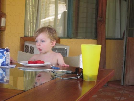 Eddie eatin' the sandia (wadamellin)